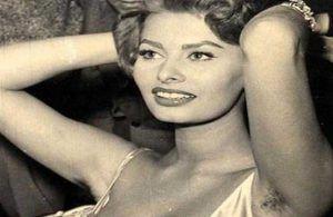 Sophia Loren, sobaquember